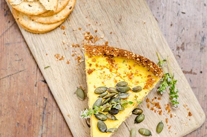 Butternut-cheesecakse-with-pumpkin-seeds