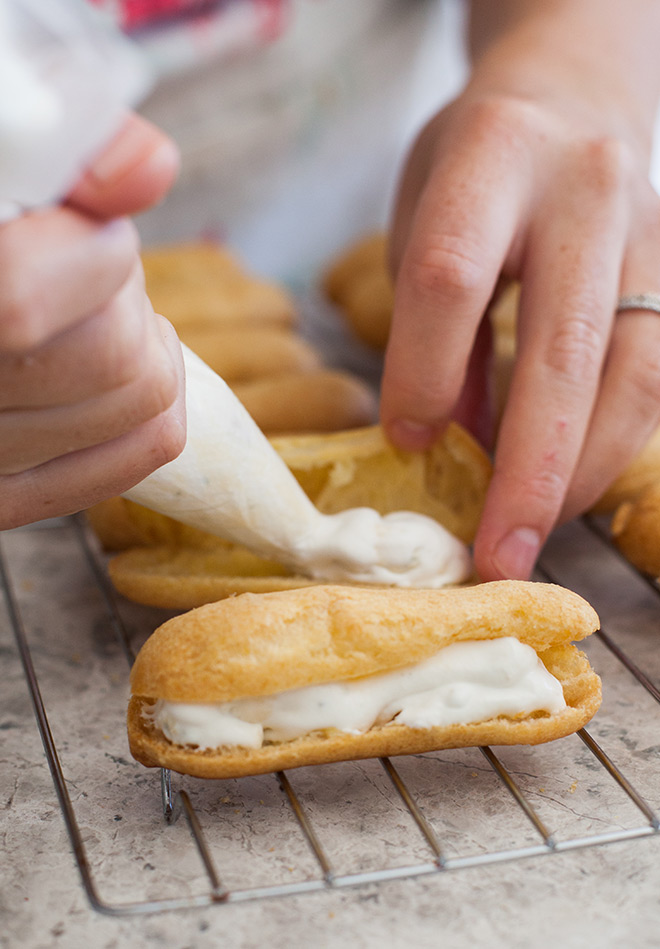 savoury-eclairs-piping-filling