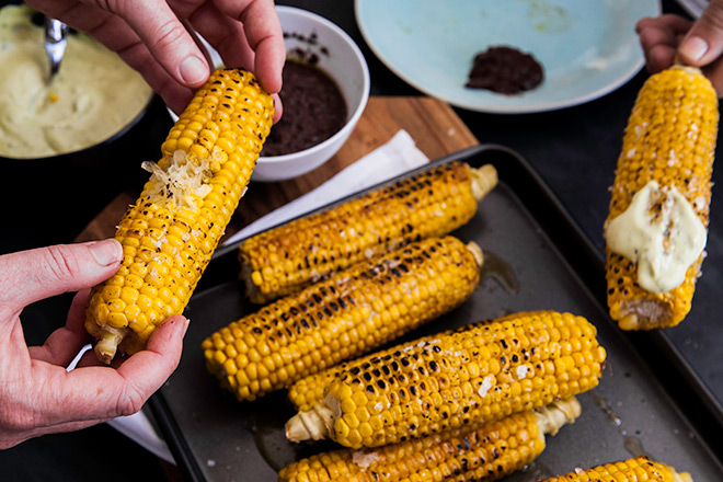 sweetcorn-with-dips