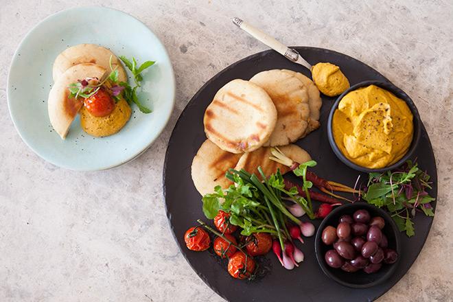Roast-Tomato-Hummus-feature