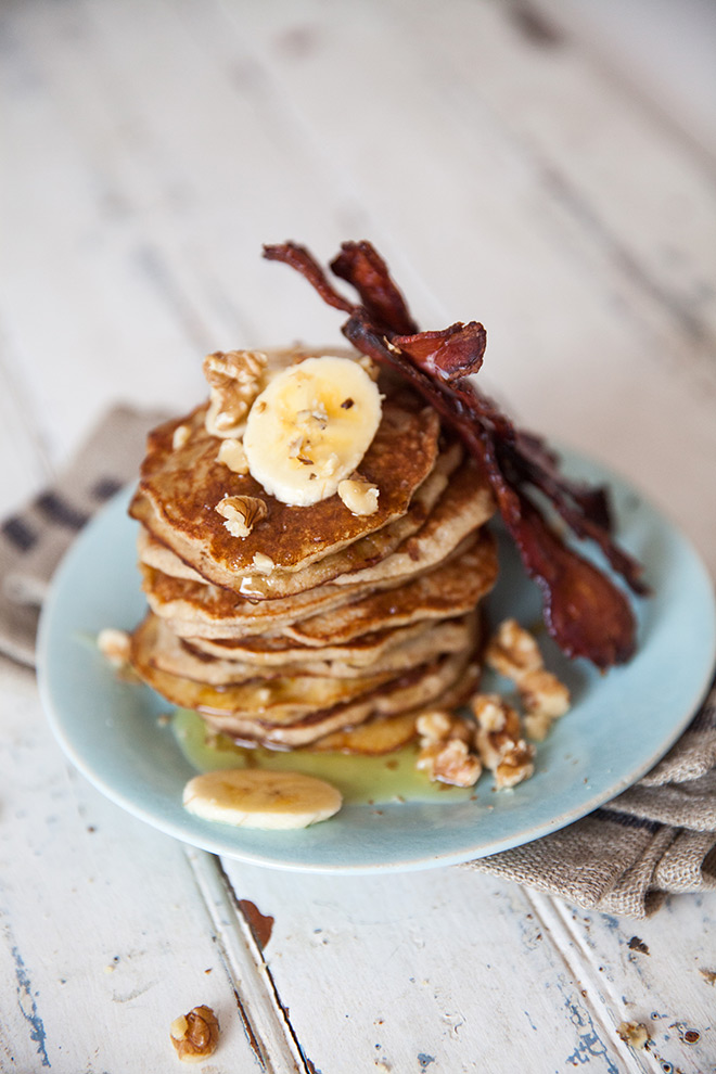 Flapjacks-Bacon-and-Banana-breakfast