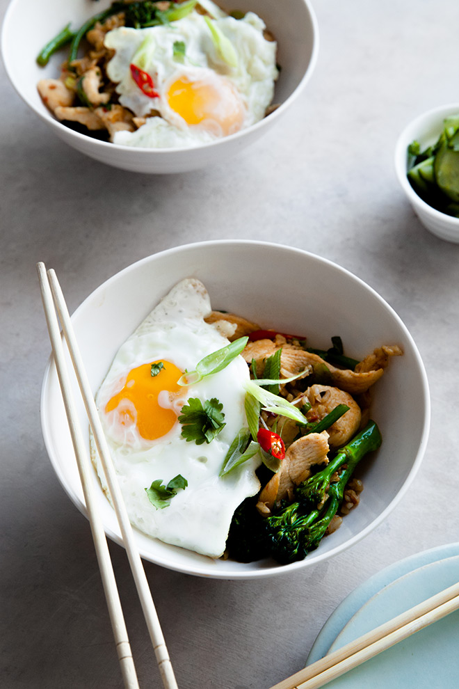 Fragrant nasi goreng with chicken and broccoli