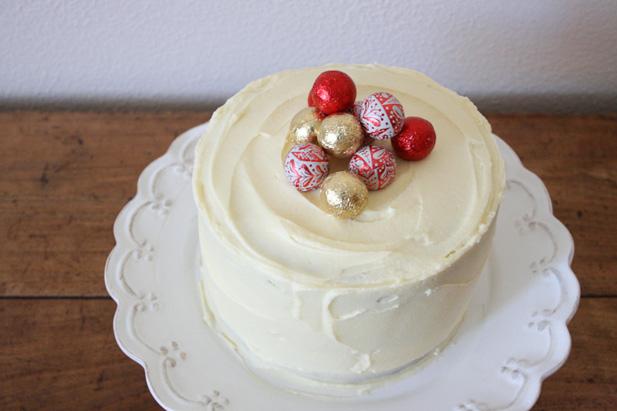 Layered vanilla Christmas cake