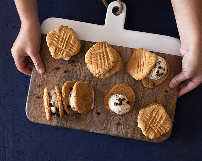 peanut-butter-and-choc-chip-ice-cream-sandwiches
