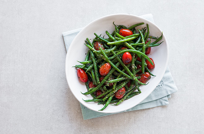 green-beans-and-tomatoes-with-salsa-verde