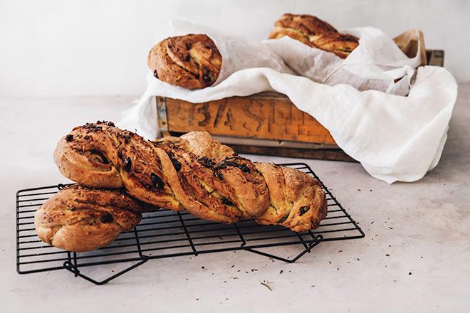 Easy-olive-bread-recipe