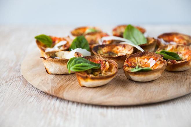 deep-dish-mini-pizzas