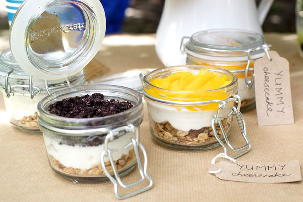 picnic ready cheesecake in a jar