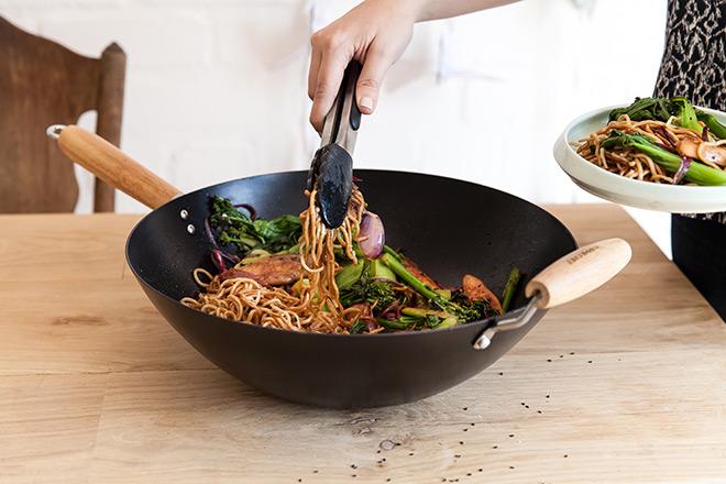 Yuppiechef-wok-stirfry