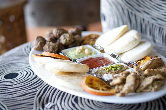 middle-eastern-platter