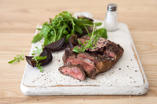 Rump-steak-with-red-wine