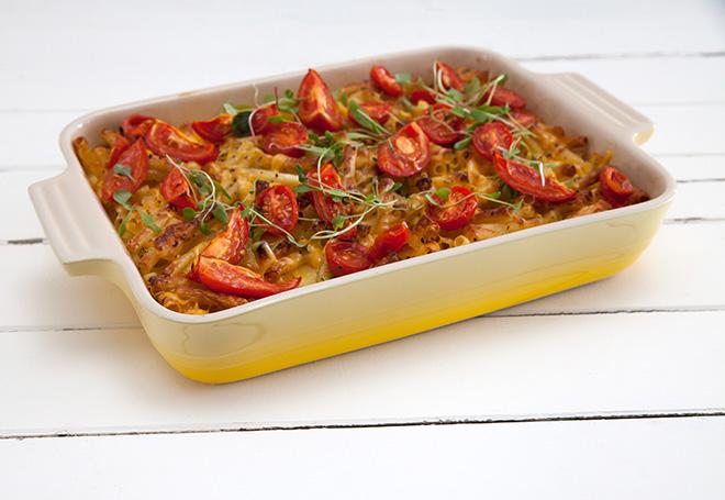 le-creuset-stoneware-oven-dish