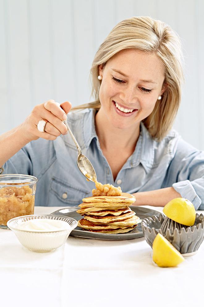 sarah-graham-tea-cup-pancakes