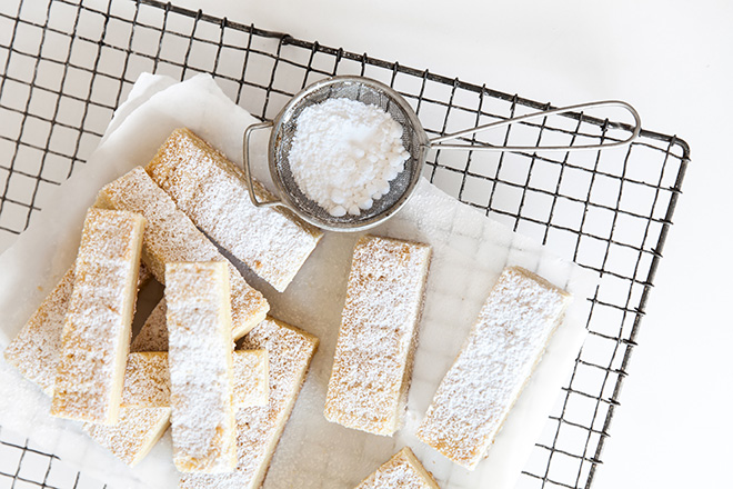 Shortbread-fingers-first