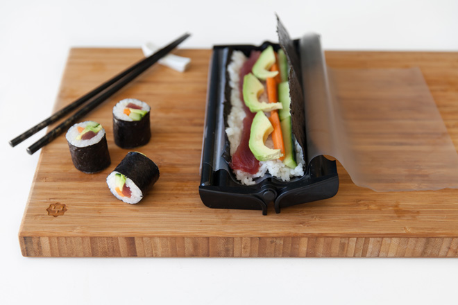 Sushi-roll-maker