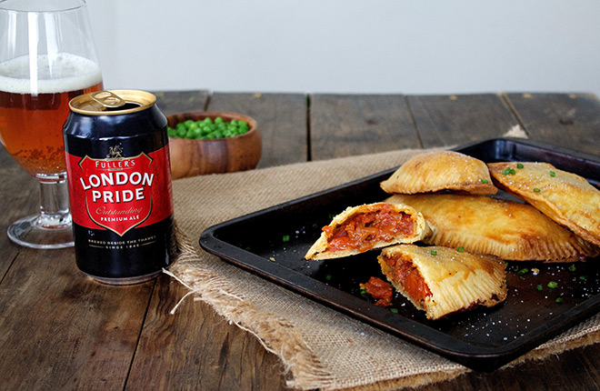 A Fuller's London Pride boerewors pie for game day