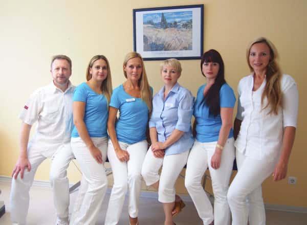 Gruppenfoto: Mark, Iana, Oksana, Elina, Alla, Natalia