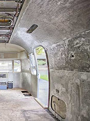 airstream vinyl stripping