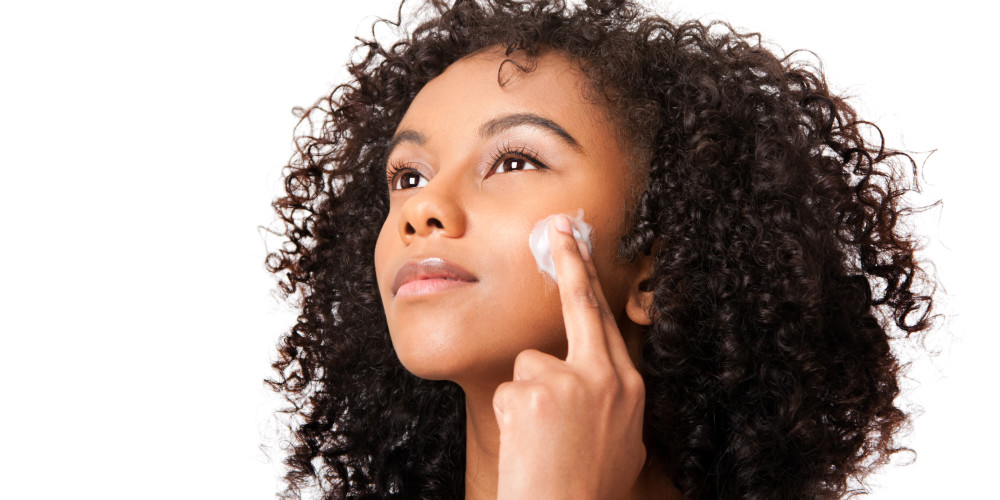 How Often Should You Really Be Exfoliating? - ZALEA Article Banner