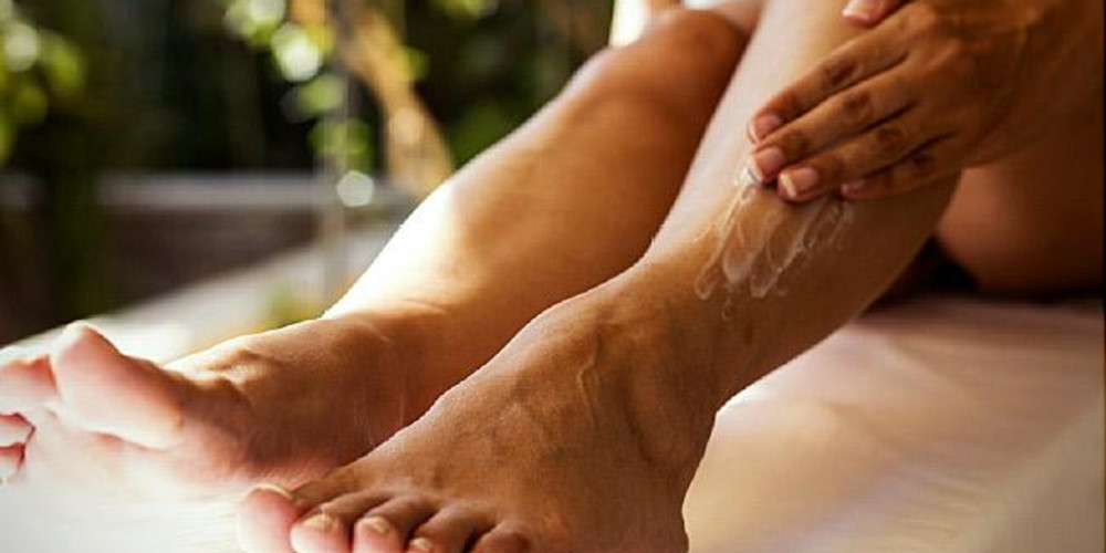 Topical Treatments for Psoriasis - ZALEA Article Banner