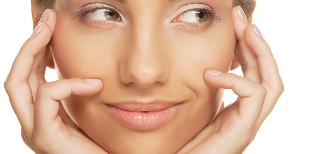 The Art of Lovely Lips - ZALEA Article Banner