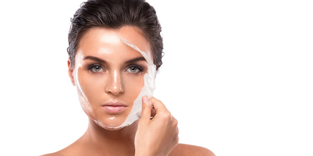 Facial Rejuvenation Turns 40 - ZALEA Article Banner
