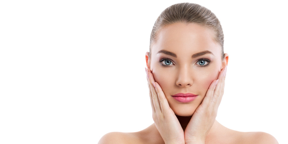 InfiniSkin Treatment Review: Skin Tightening & Acne - ZALEA Article Banner