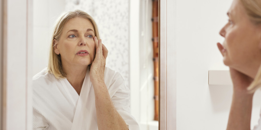 Options for Rejuvenating Aging Skin - ZALEA Article Banner