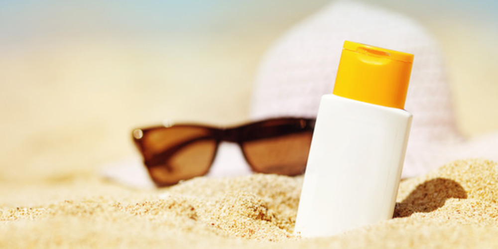 American Academy of Dermatology Issues Statement on Sunscreen Safety - ZALEA Article Banner
