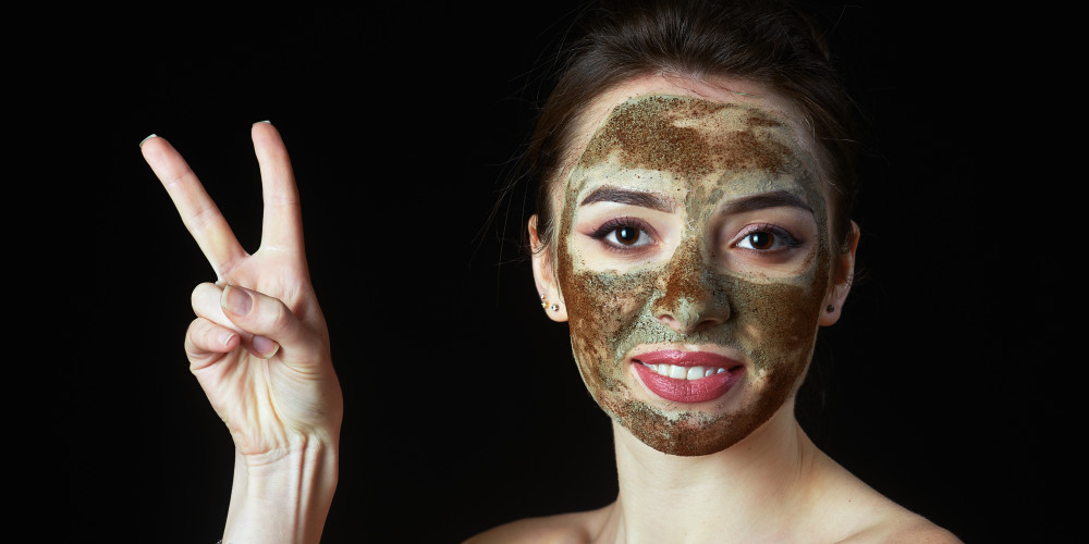 Types of Face Masks: Rubber, Silicone, Clay, Post Procedure, Body - ZALEA Article Banner