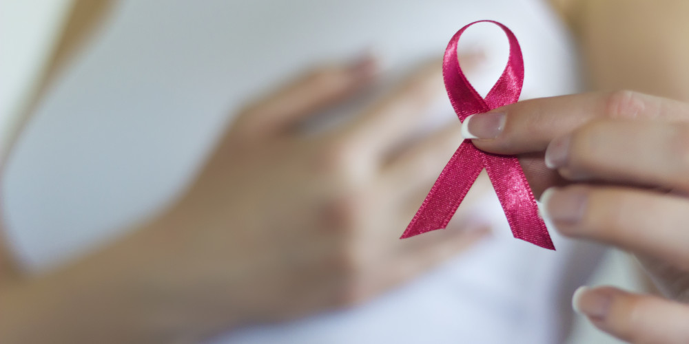 What are the Symptoms of Breast Cancer Besides a Lump? - ZALEA Article Banner