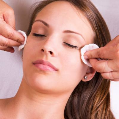 Utilize The Rejuvenating Power of Chemical Peels