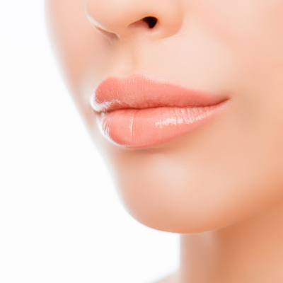 Ten Questions To Ask Before Getting Lip Injections / Fillers