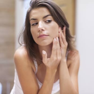 Cosmetic Procedures for Acne Scars: Acne Treatment Options & Cost