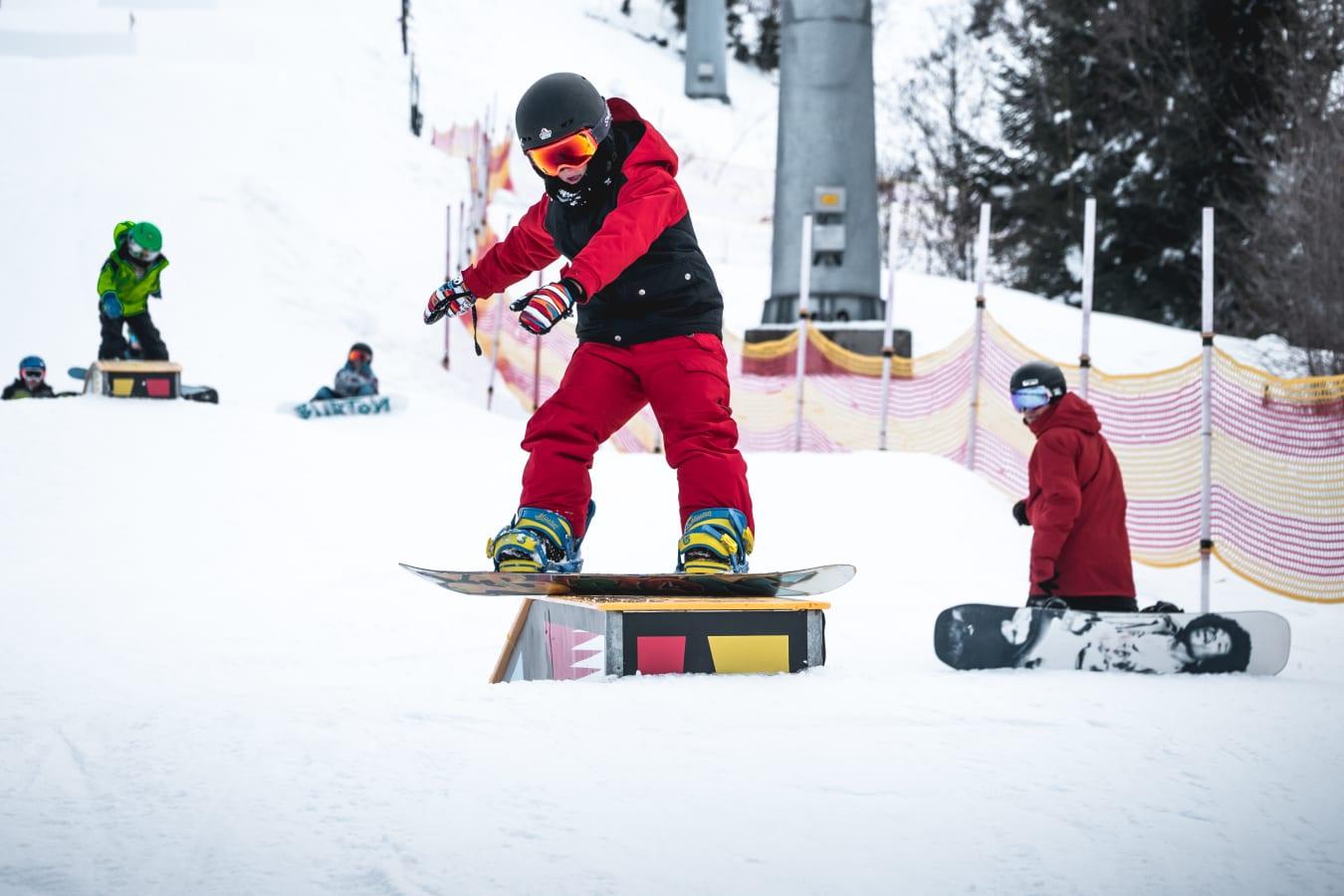 Kids Slopestyle: Foto Simon Abele