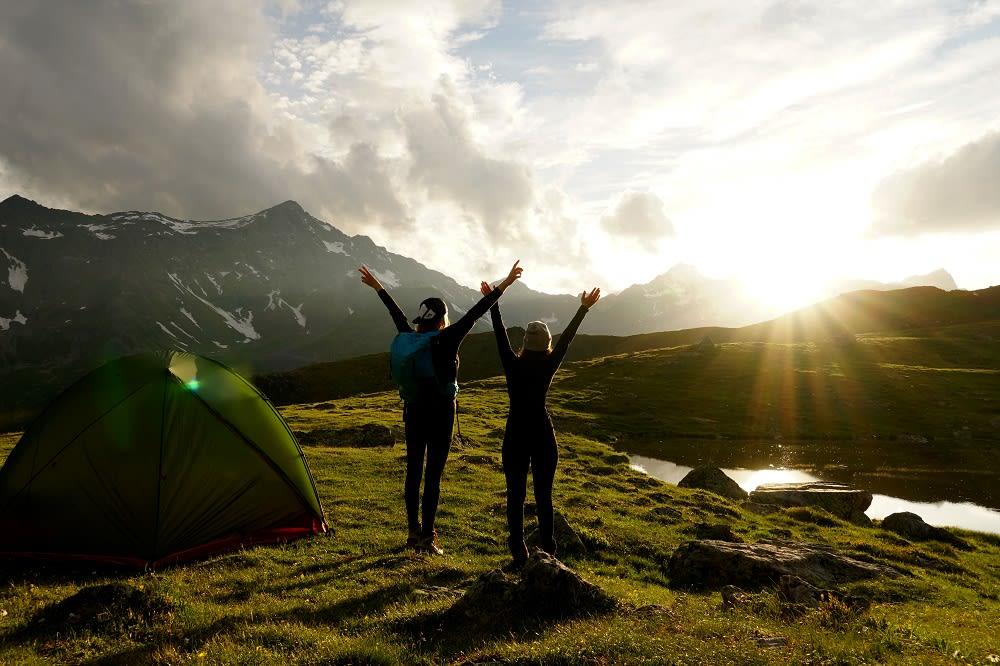 Zanier Handschuhe Wandern Sonnenaufgang am Berg