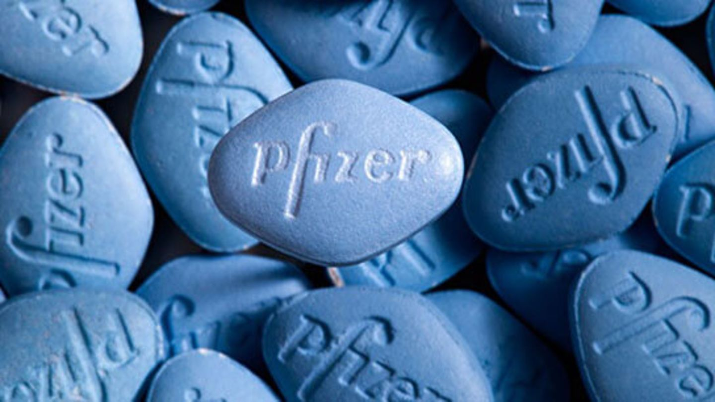 Blue Viagra pills that cannot be purchased without a prescription from a doctor