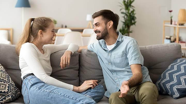 Frauen, die nach männern suchen, schließen sich kostenlos an