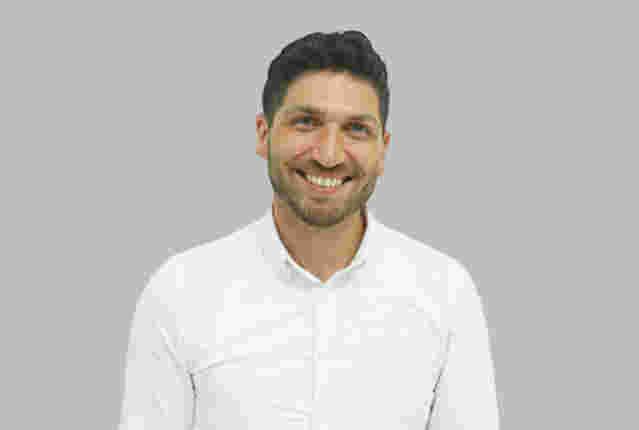 Dr Babak Ashrafi
