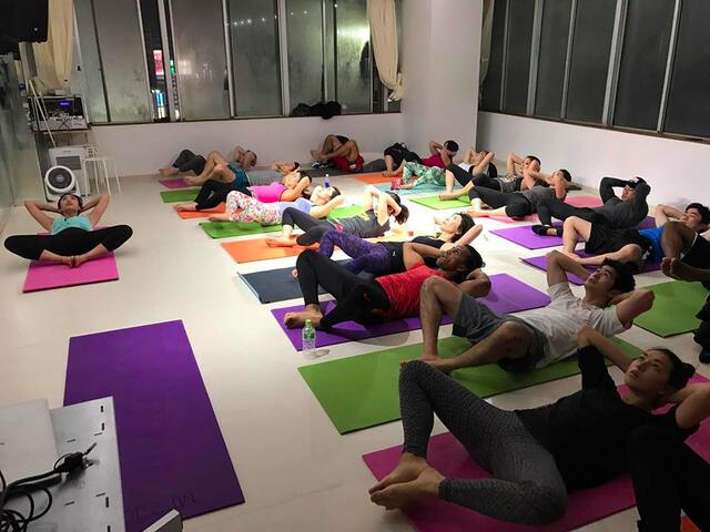 menya-group-training