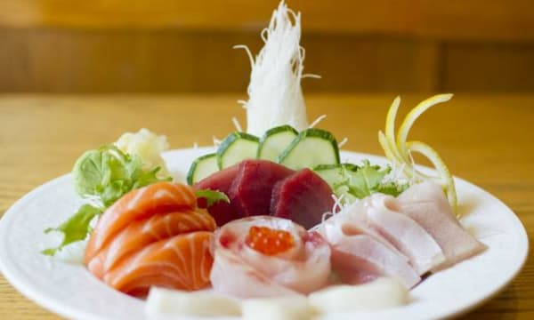 Sample catering from 251 Ginza Sushi