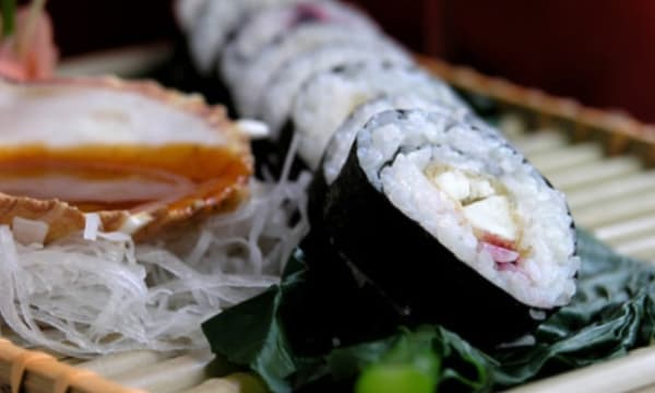 Sample catering from Bann Sushi and Poke