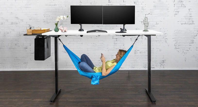 Uplift V2 Standing Desk 2020 Review