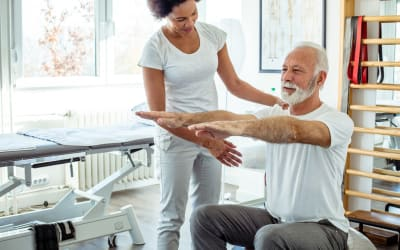 Lower back pain treatment – Tips from a physiotherapist