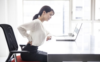 One simple exercise to manage lower back pain