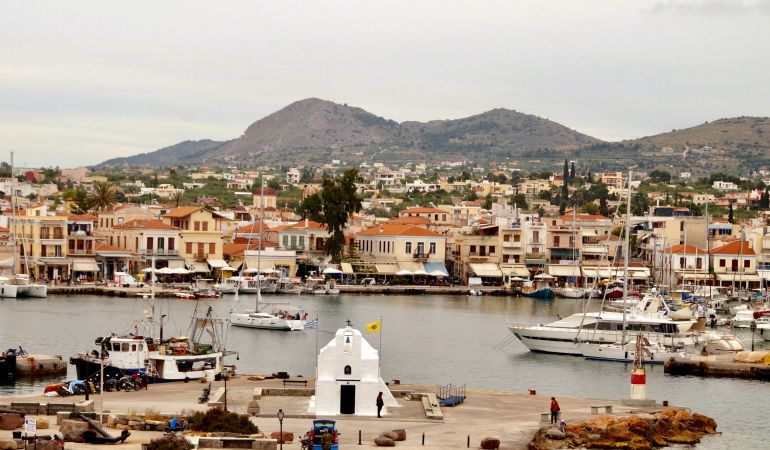 Island hopping from Athens