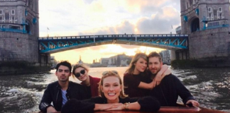 Taylor Swift, Karlie Kloss, Gigi Hadid on a superyacht