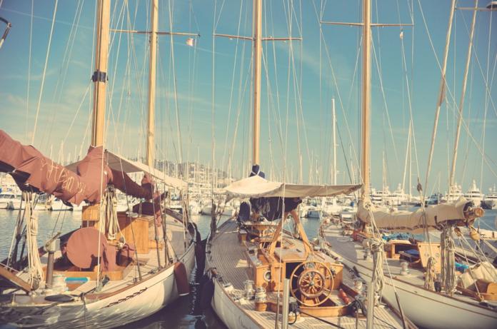 boating etiquette