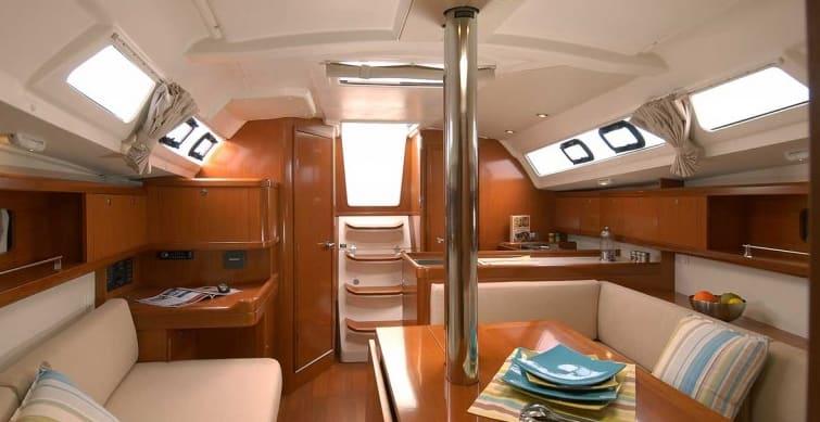 Oceanis 34 Cruiser
