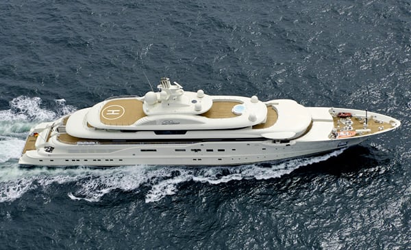 Dilbar luxury yacht